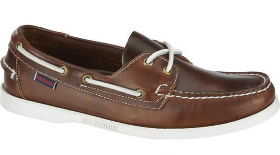 Buy the Docksides Fgl Oiled Waxy W online at Sebago